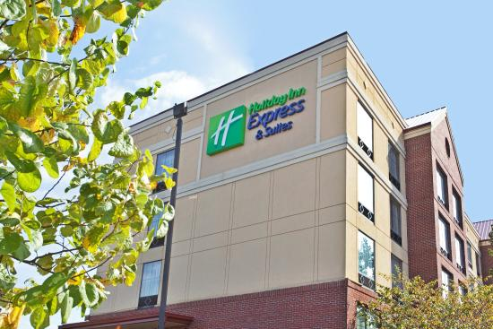 Holiday Inn Express & Suites Columbia Downtown