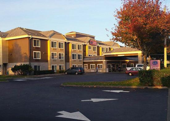 Photo of Comfort Suites Columbia River Astoria
