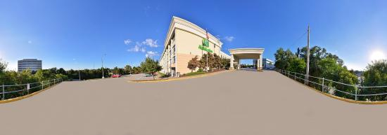 Photo of Holiday Inn Pittsburgh Monroeville