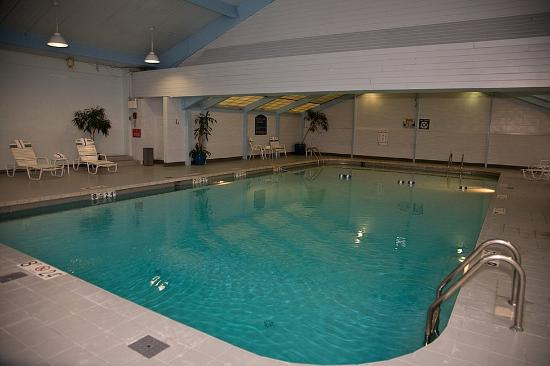 Swimming Pool Picture Of Holiday Inn Cleveland Airport Cleveland Tripadvisor