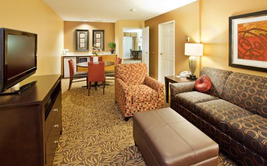 Holiday Inn Kearney: All New Suites Are Both Modern and Comfortable