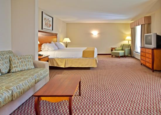 Holiday Inn Express Birmingham/Inverness: Suite