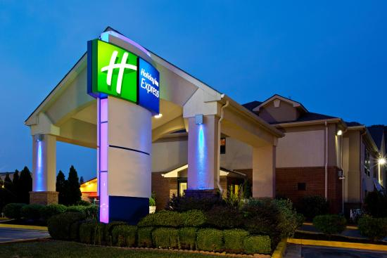 Photo of Holiday Inn Express Morehead