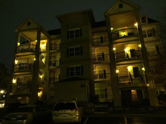 French Quarter Resort: Our Pad