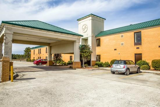‪Quality Inn Whiteville‬