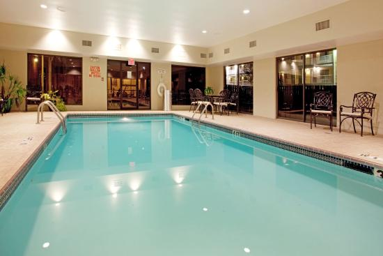 Holiday Inn Express & Suites- Sulphur (Lake Charles): Indoor Heated Swimming Pool & Spa