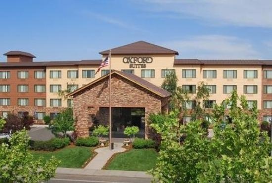 Photo of Oxford Suites Chico