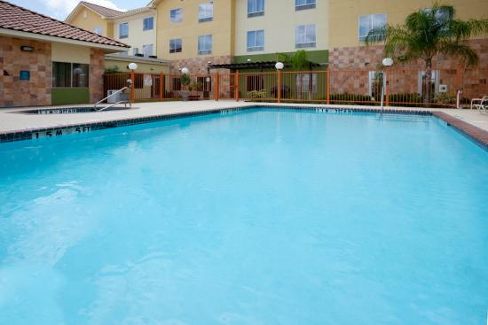 Swimming Pool  Picture Of Staybridge Suites Laredo. White Leather Dining Room Chairs. Locksmith Lakeland Fl. Double Barn Doors. Kitchen Carts. 3 Season Porch. Custom Kitchen Islands. Divan Furniture. Frugal Furniture