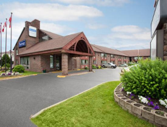 Lakeshore (North Bay) Travelodge