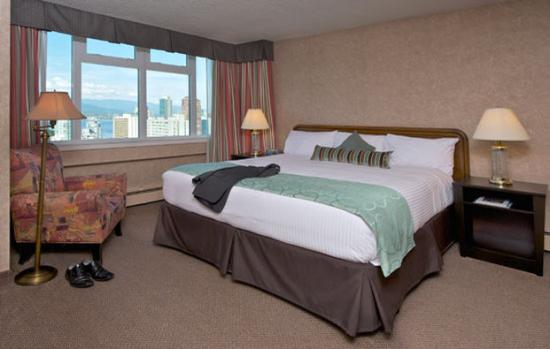 Photo of Coast Plaza Hotel & Suites Vancouver