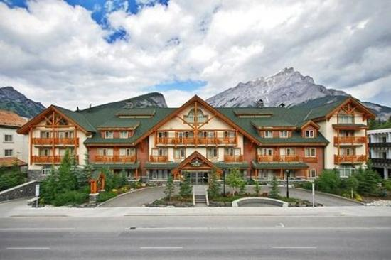 Photo of Spruce Grove Inn Banff