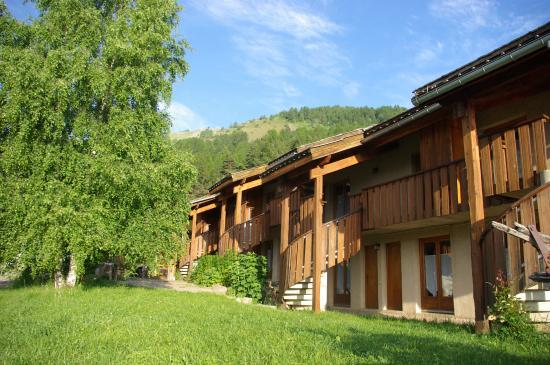 Photo of Chalet Hotel Les Blancs Pra Loup