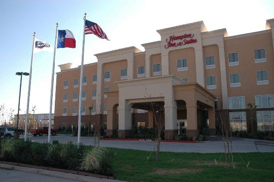 Photo of Hampton Inn & Suites Corsicana