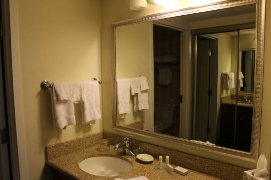 residence inn toronto airport photo salle de bain