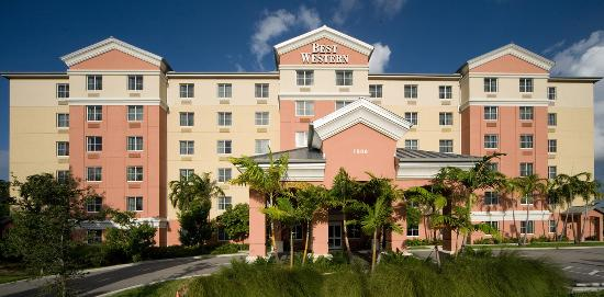 BEST WESTERN PLUS Fort Lauderdale Airport South Inn & Suites Hotel