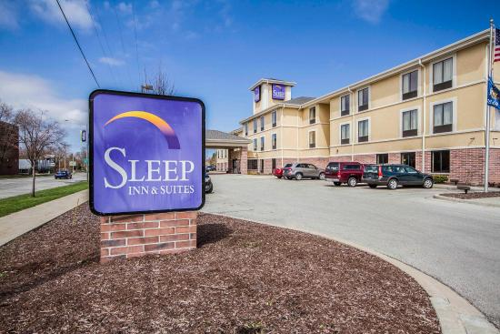 Photo of Sleep Inn & Suites Milwaukee