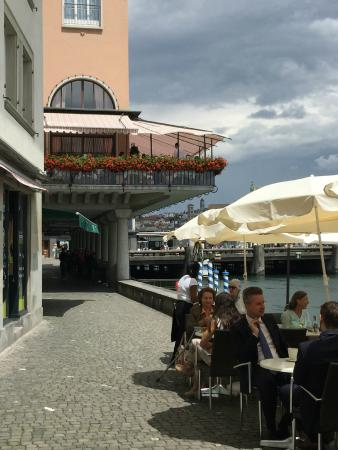 Restaurant terrace overlooking river picture of storchen for Terrace zurich