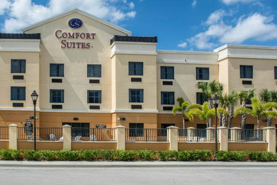 Photo of Comfort Suites Vero Beach