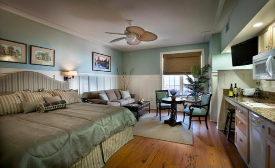 The Inlet Sports Lodge: Guest Room