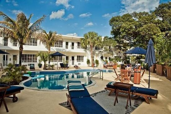 Tradewinds Apartment Hotel Miami Beach Fl