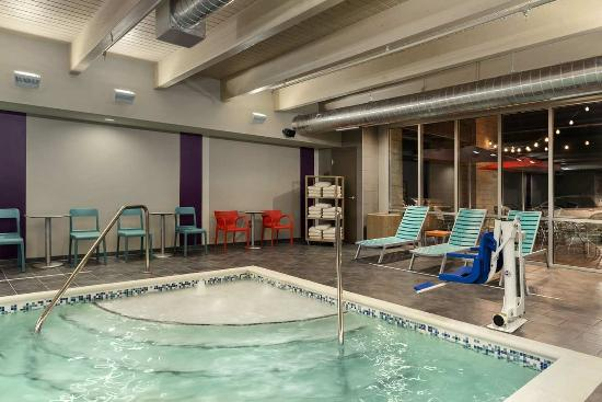Indoor Pool Picture Of Home2 Suites By Hilton Charlotte I 77 South Charlotte Tripadvisor