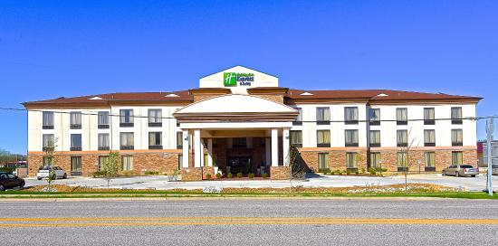 ‪Holiday Inn Express and Suites St. Louis NW-Hazelwood‬