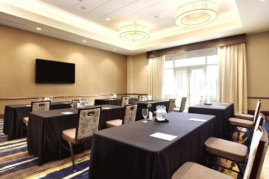 hillsboro meeting rooms Aloft hillsboro-beaverton is minutes from beaverton and less than a mile from plan an event or meeting in one of our three three meeting rooms.