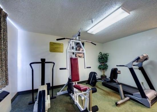 Exercise room picture of rodeway inn suites airport