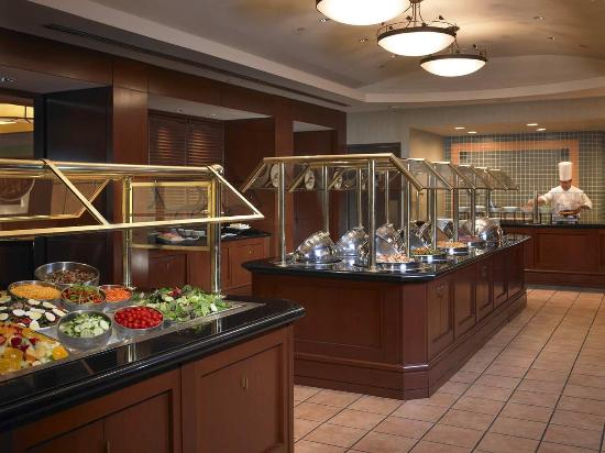 Dining Buffet Picture Of Hilton Chicago Oak Brook Hills Resort Confer
