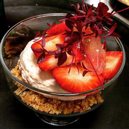 Strawberry Cheesecake - Picture of Riverport Grill, St. Ives ...