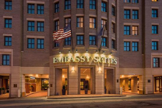 Photo of Embassy Suites Alexandria-Old Town
