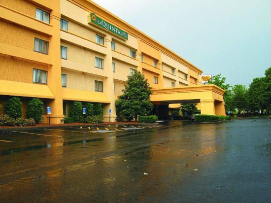 Photo of La Quinta Inn & Suites Nashville Franklin