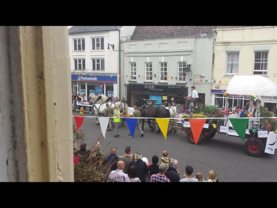 Ringwood carnival, views from the pub