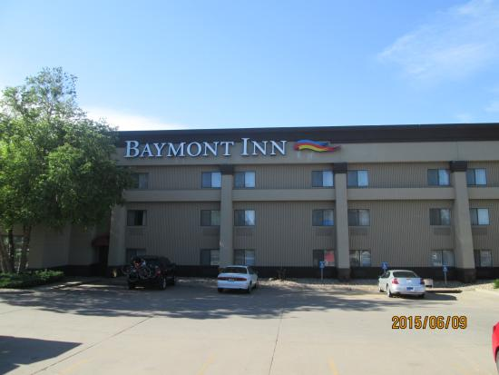 Baymont Inn & Suites: first night on trip