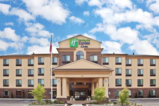 Holiday Inn Express Hotel & Suites Vancouver Portland North: Hotel Exterior