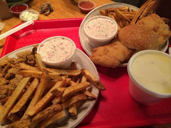 Fried oysters and fish platter picture of doug 39 s fish for Doug s fish fry