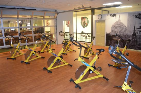 Willys World Fitness Center