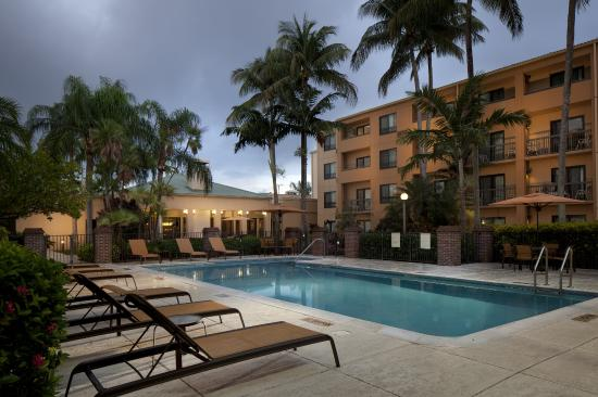 Courtyard Miami Lakes