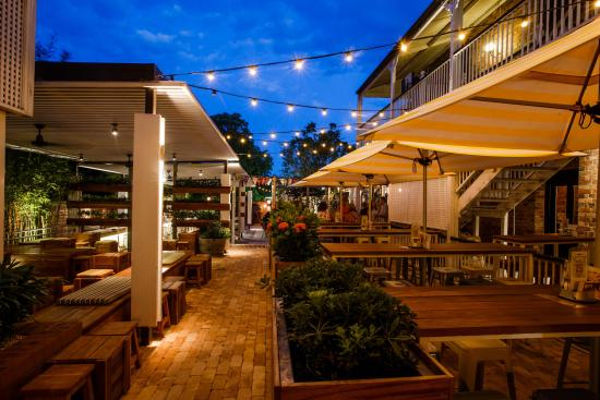 The steaks are wonderful norman hotel brisbane for Best boutique hotels queensland