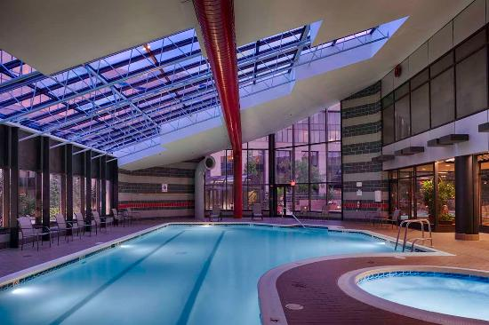 Indoor Swimming Pool Picture Of Hilton Washington Dulles Airport Herndon Tripadvisor