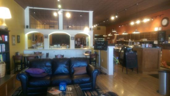 Spindale, NC: There is also a cafe attached but is separate from the coffee bar