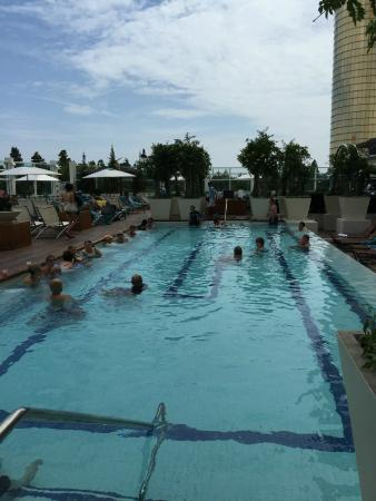 Outdoor pool 1 picture of the water club by borgata for Borgata outdoor pool