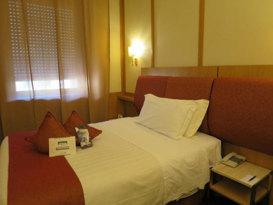 Chambre picture of best western hotel president rome for Chambre western