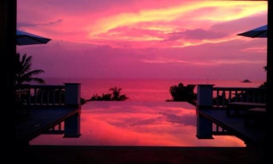 Trisara Phuket: Sunset view from our pool :)