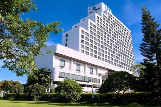 Cholchan Pattaya Resort Hotel