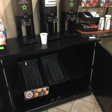 Extended Stay America - Washington, D.C. - Alexandria - Eisenhower Ave.: Another morning without breakfast