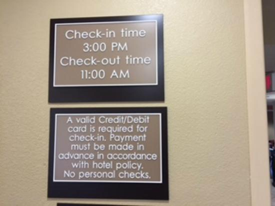 Extended Stay America - Boston - Waltham - 32 4th Ave.: Check In Time Clearly Stated as 3:00 p.m. - though rooms not available at 5:00 p.m.!