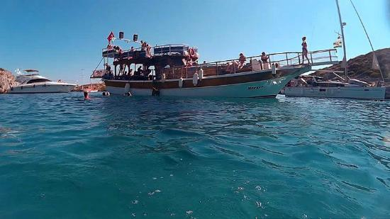 bağla bay - Picture of Ozzlife Boat - Daily Boat Trips ...