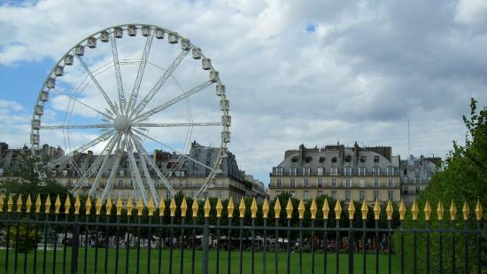 La grande roue de la f te des tuillerie picture of for Plus grand jardin de paris