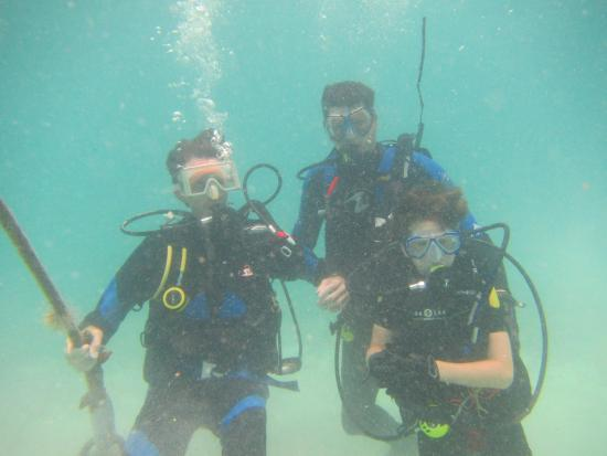 Grand Case, St. Maarten-St. Martin: 3 generations diving at 1 time